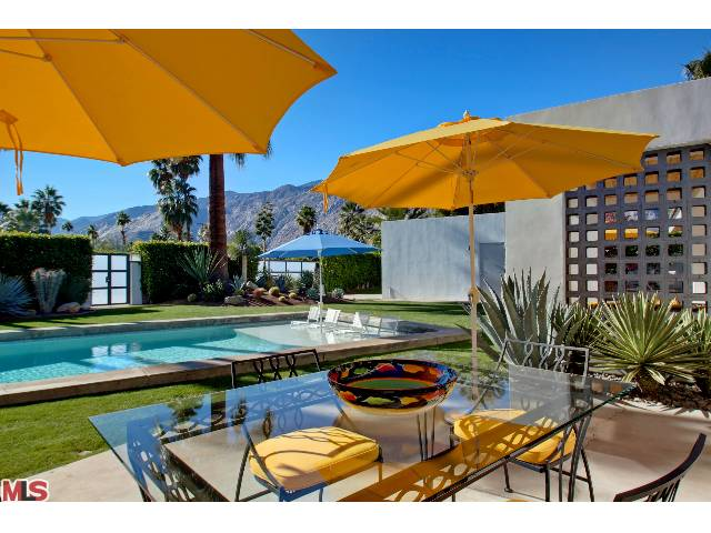 Palm Springs mid-century ranch luxury homes