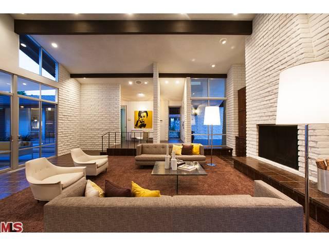 Palm Spring architectural unique real estate