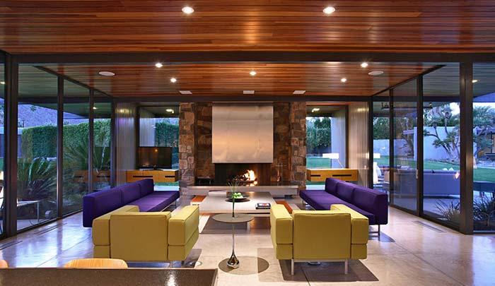 Leonardo DiCaprio Buys Dinah Shore's Palm Springs Home for $5.2 Million
