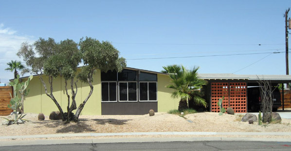 Palm Springs Alexander A-frame roofline mid century home