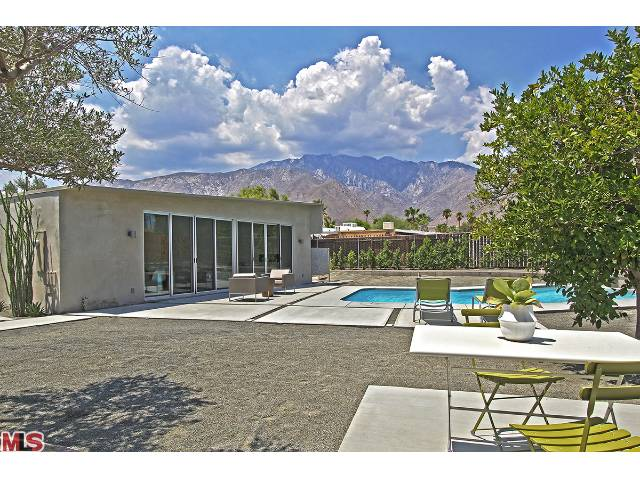 Palm Springs Mid century modern butterfly Roof with mountain views for sale