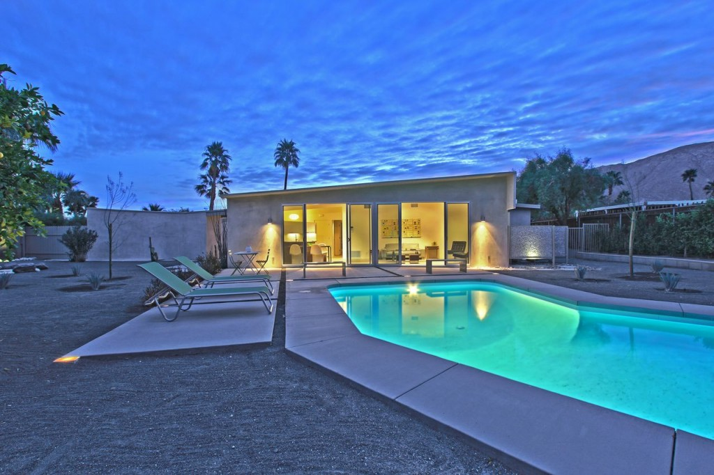 Mid-century Modern Alexander butterfly Roof with Mountain Views for Sale in Palm Springs