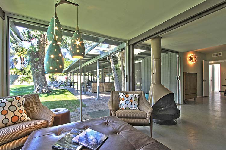 Stylish Rancho Mirage Mid-century home