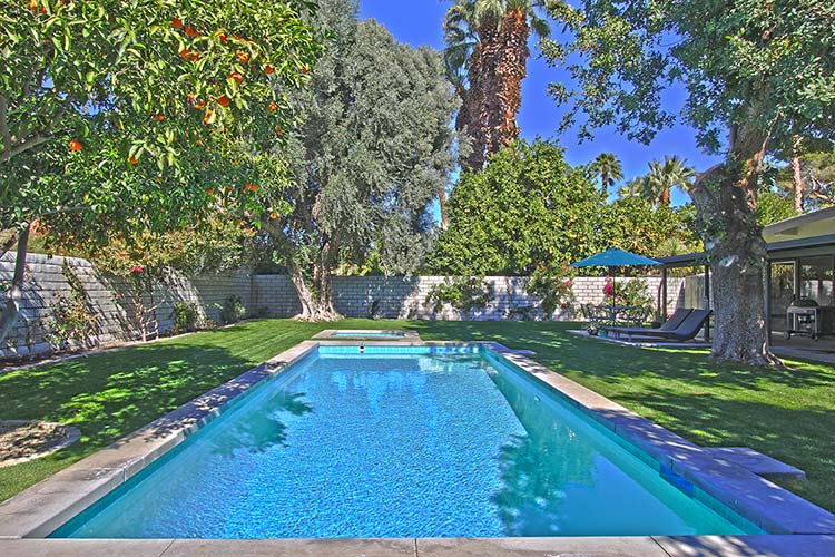 Rancho Mirage Mid-century home with pool