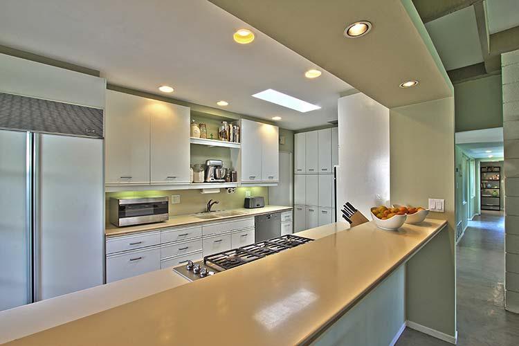 Rancho Mirage Mid-century home kitchen