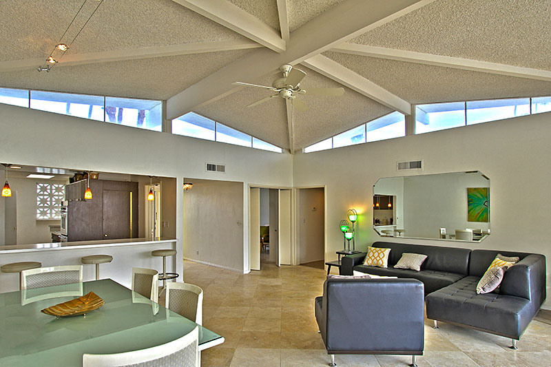 Canyon View Estate South-facing hom for sale
