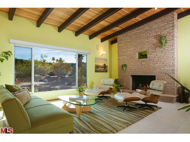 Palm Springs amazing real estate and modern homes