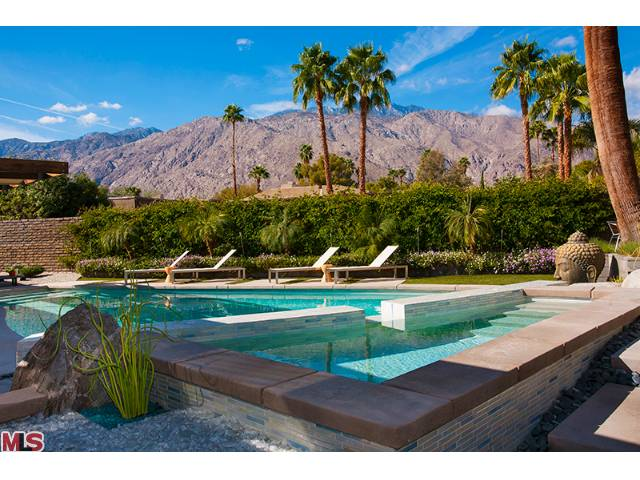 Palm Springs Luxury and modern homes