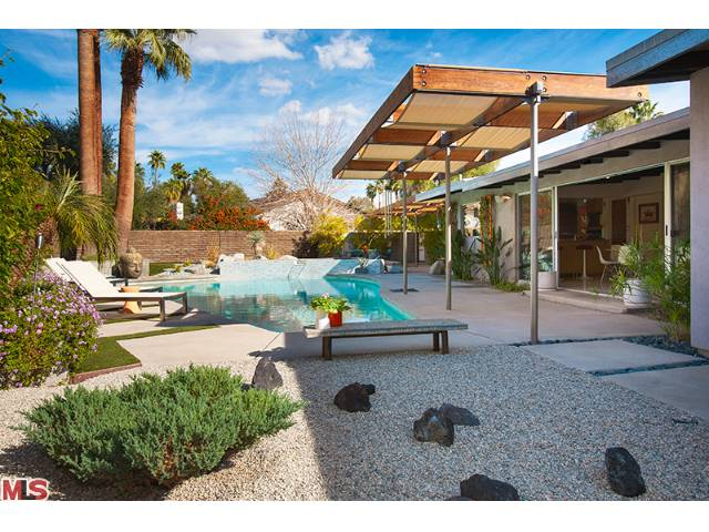 Palm springs fabulous real estate and modern homes for Palm spring houses for sale