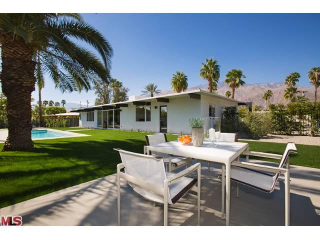 Palm Springs Luxury Mid Century Modern Home