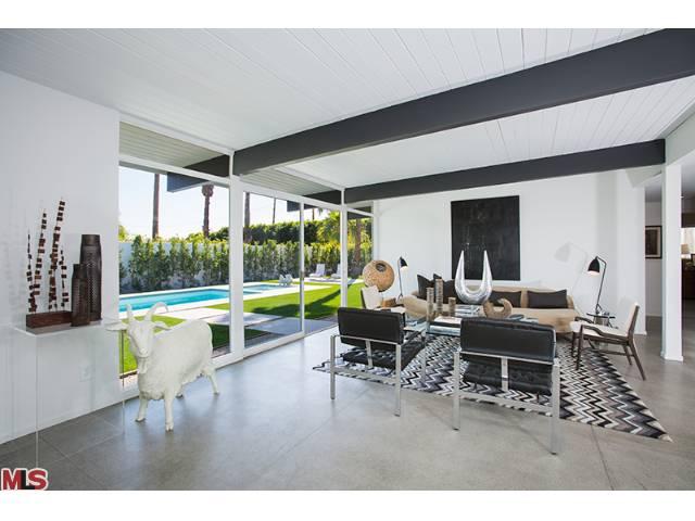 Palm Springs Luxury Mid Century Modern Real Estate