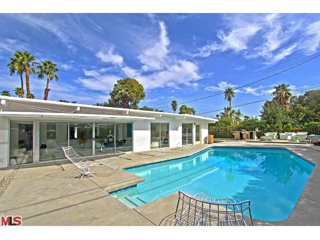 4 bedroom mid century modern home for sale in palm springs for New modern homes palm springs