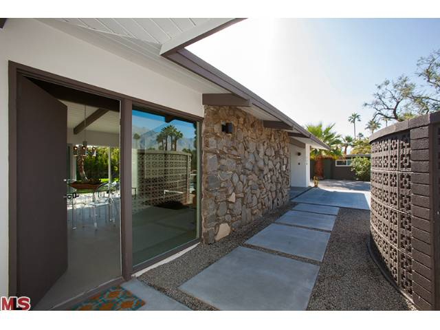 Entrance of mid-century home in Sunrise Park