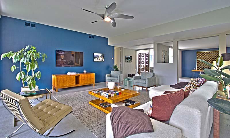 159 Desert Lakes - Luxurious mid-century modern Living Room