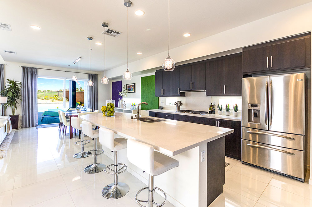 Large open kitchen with counter to entertain your guests.