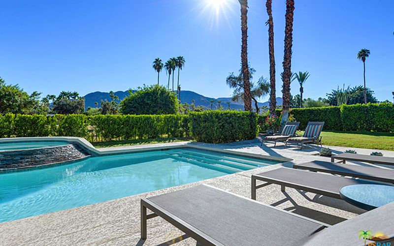 Typical Indian Canyons yard in Palm Springs