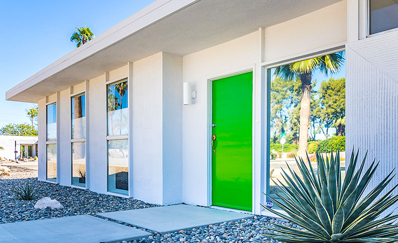 Front of 2289 E Amado Rd, Palm Springs