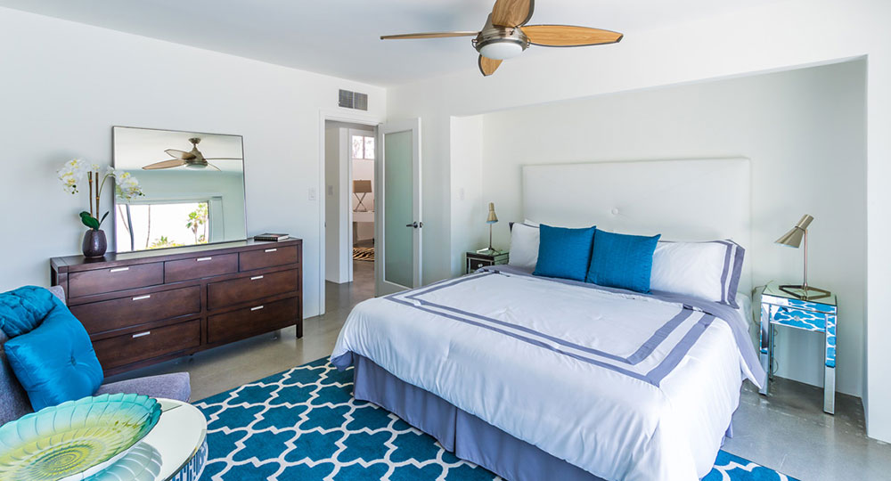 Palm Springs real estate staging by Rob Reinhart