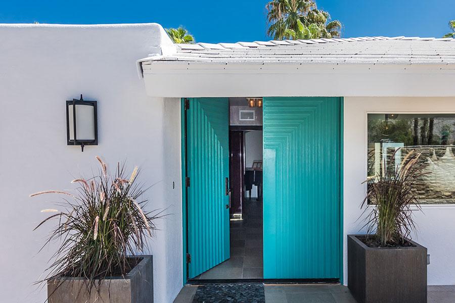 508-chiquita-steve-chase-front-door