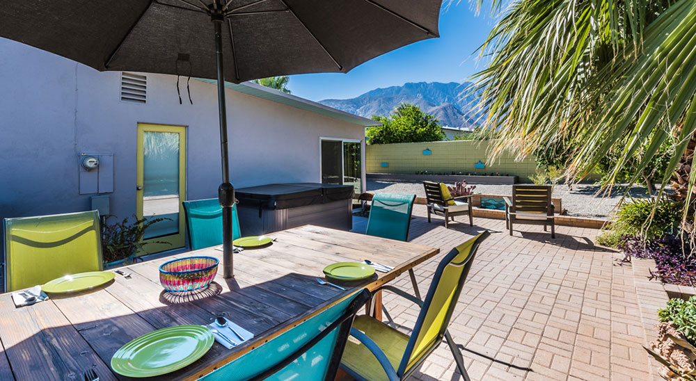1150 East Adobe Way, Palm Springs; Yard with mountain views