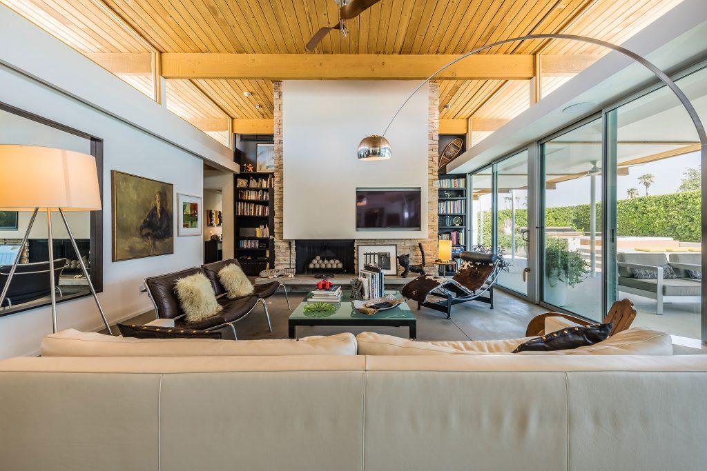2610 Avenida Caballeros, Palm Springs – Living Room