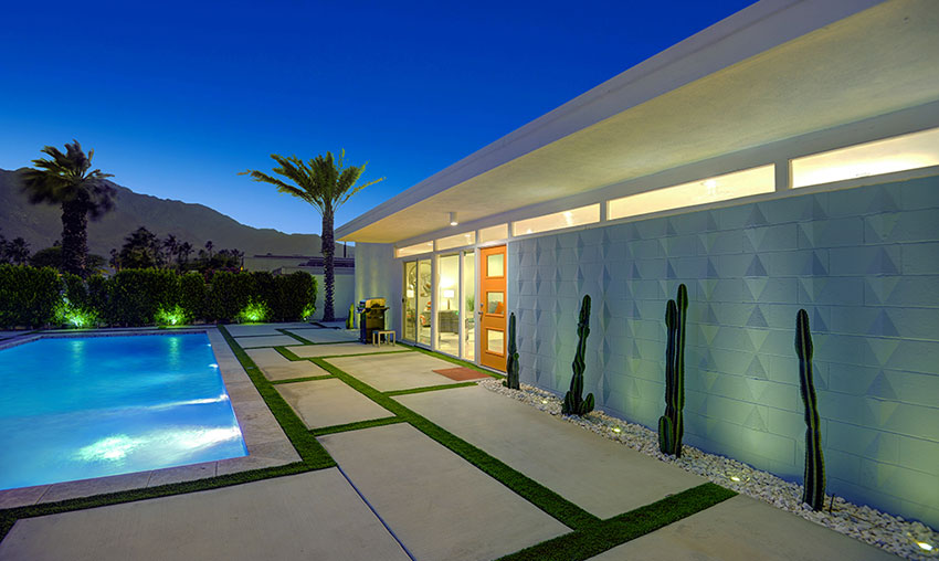 Mid-century modern Wexler home for sale in Palm Springs, CA
